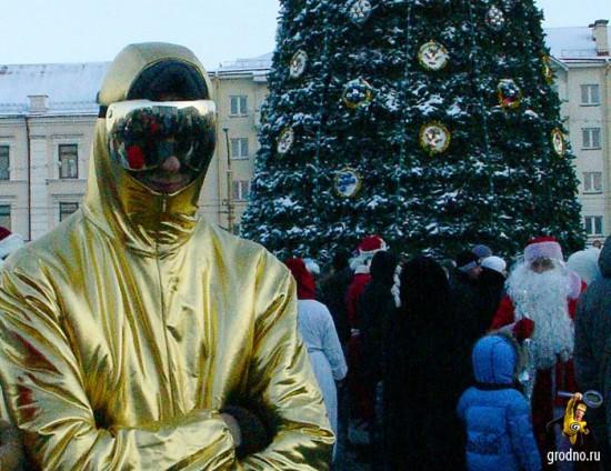 Гродненский Бэтмен. Парад Дедов Морозов 2013 в Гродно.